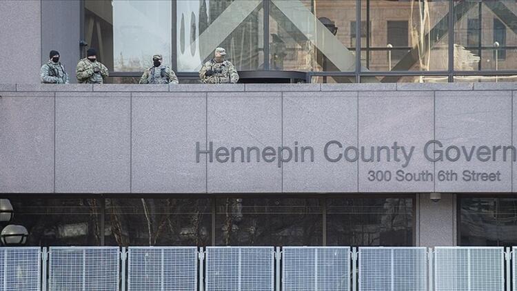 George Floyd davasının görüldüğü Minneapolis'te güvenlik önlemleri artırıldı