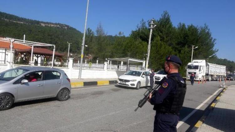 Muğla'da tedbirlere uymayan kişi ve işletmelere 91 bin lira ceza
