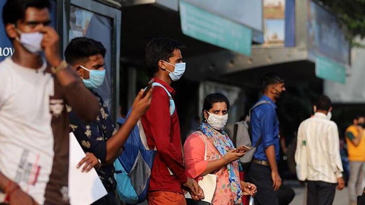 Hindistan'da Kovid-19 salgınında günlük vaka sayısı 259 bini aştı