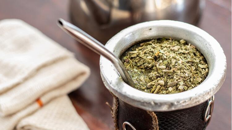 Mate çayı nasıl demlenir? Evde kolay mate çayı yapımı
