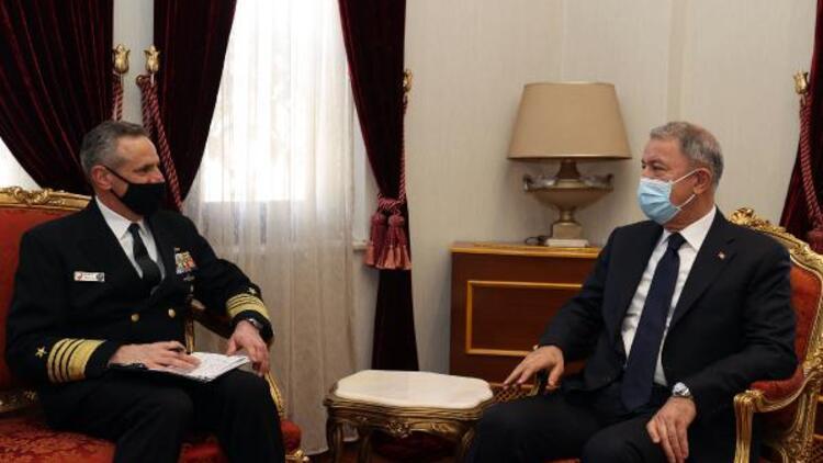 Bakan Akar, Napoli Müşterek Kuvvetler Komutanı ve ABD Büyükelçisi ile görüştü