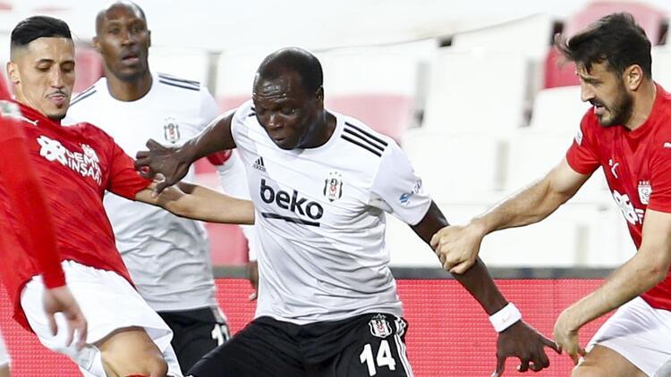 Beşiktaş'ta Vincent Aboubakar'dan sakatlık açıklaması!