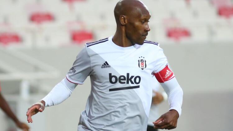 Beşiktaş'ta Atiba Hutchinson'dan itiraf! 'Biz de memnun değiliz...'