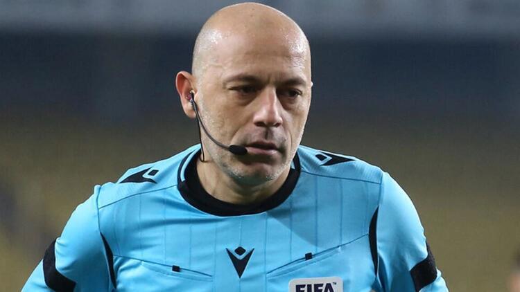 Son dakika: Cüneyt Çakır, EURO 2020'de görev alacak!
