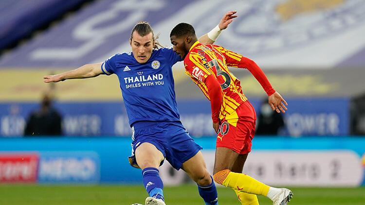 Premier Lig'de Leicester City 3 puanı 3 golle aldı