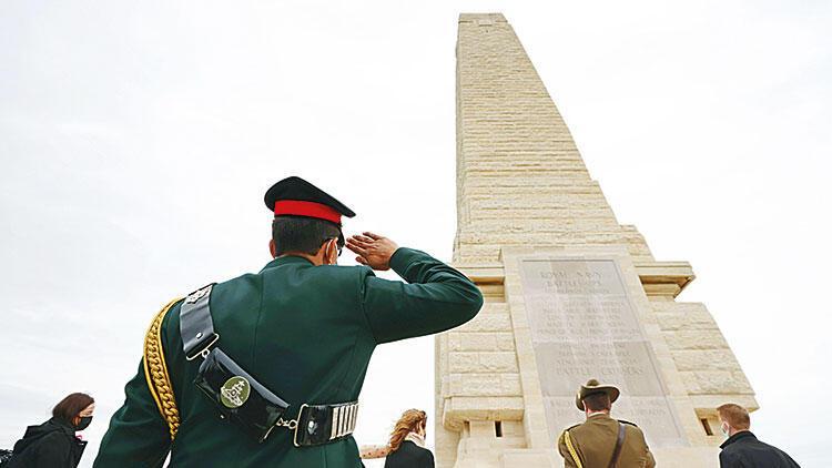 Çanakkale Şehitleri'ne saygı töreni
