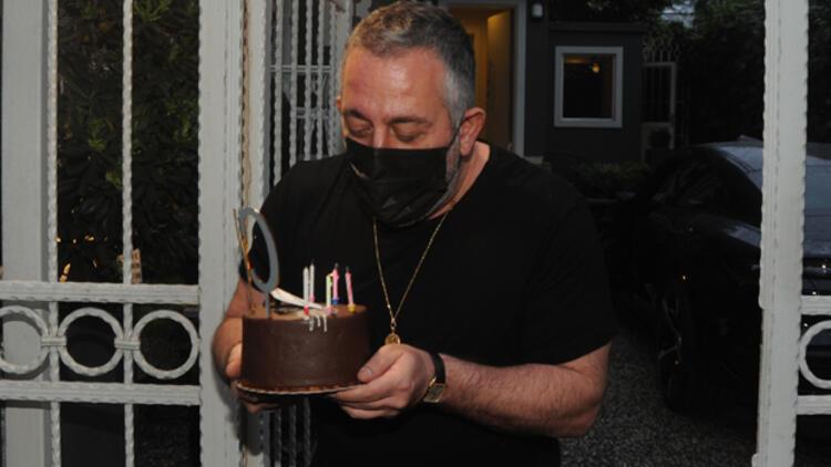 Cem Yılmaz'ı şaşırtan doğum günü sürprizi