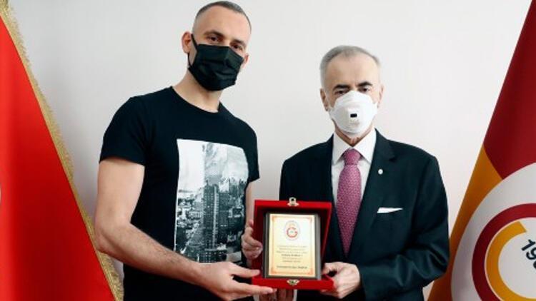 Galatasaray HDI Sigorta Erkek Voleybol Takımı'nda kaptan Selçuk Keskin ile yollar ayrıldı