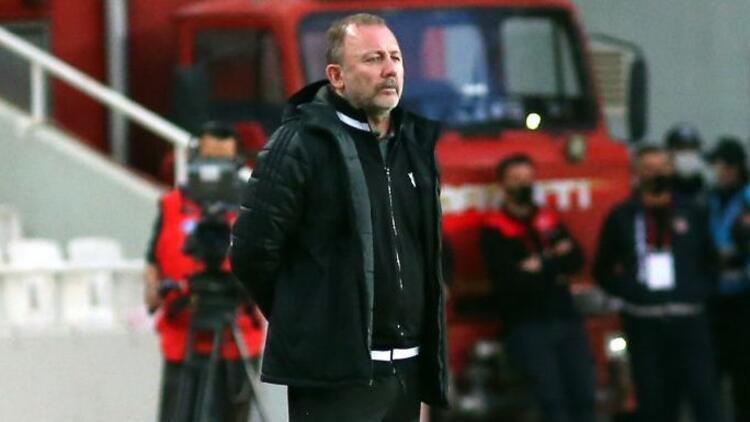Son 3 deplasmanda 5 puan yitiren Beşiktaş, Rizespor'a konuk olacak