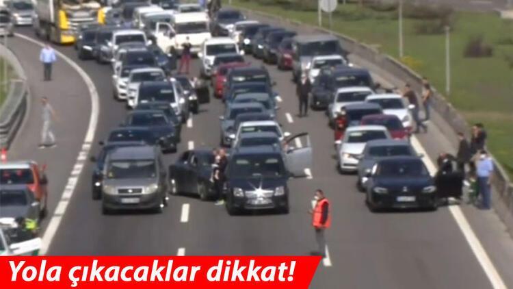 Bolu Dağı Tüneli'nin Ankara istikametinde trafik durdu
