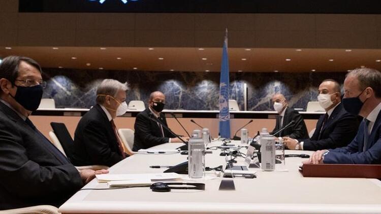 """Yunanistan, """"Kıbrıs Toplantısı""""nda """"Türkiye ve KKTC'nin tavrı nedeniyle"""" ortak zemin bulunamadığını iddia etti"""