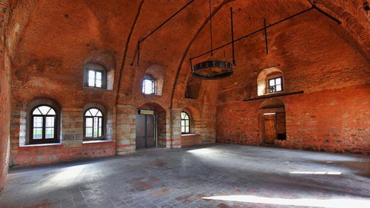 Tarihi Esgher Sinagogu restore edilerek kütüphane oluyor