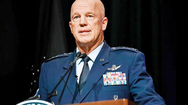 Amerikalı komutan: Uzay savaşlarına hazır olmalıyız