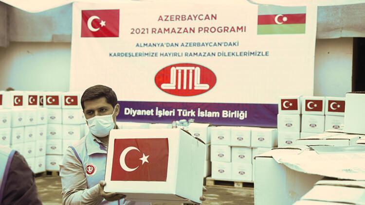 Almanya'daki Türklerden Azerbaycan'da ihtiyaç sahibi ailelere gıda yardımı