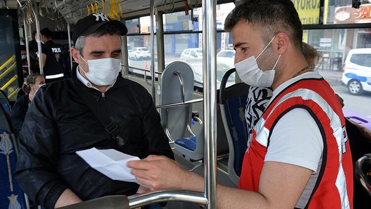 İstanbul'da İETT otobüslerindeki yolcuların izin belgeleri kontrol edildi