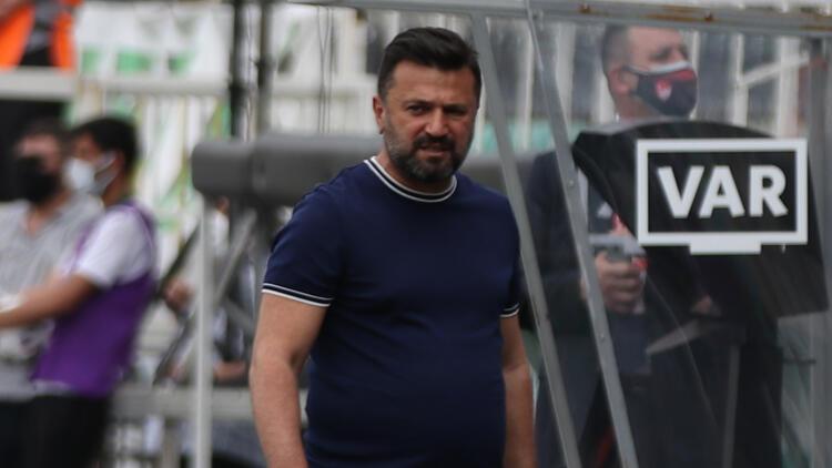 """Çaykur Rizespor Teknik Direktörü Bülent Uygun: """"Cenaze evinde düğün yapılmaz"""""""