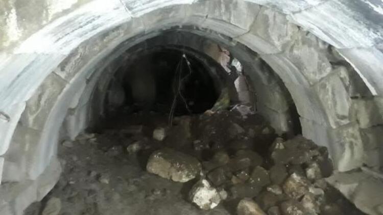 Kaçak kazıda Roma dönemine ait zindan bulundu