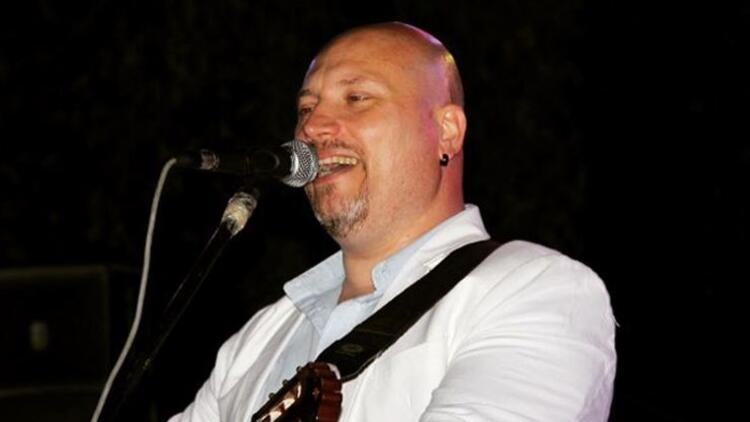 Müzisyen Alper Demir koronavirüse yenik düştü