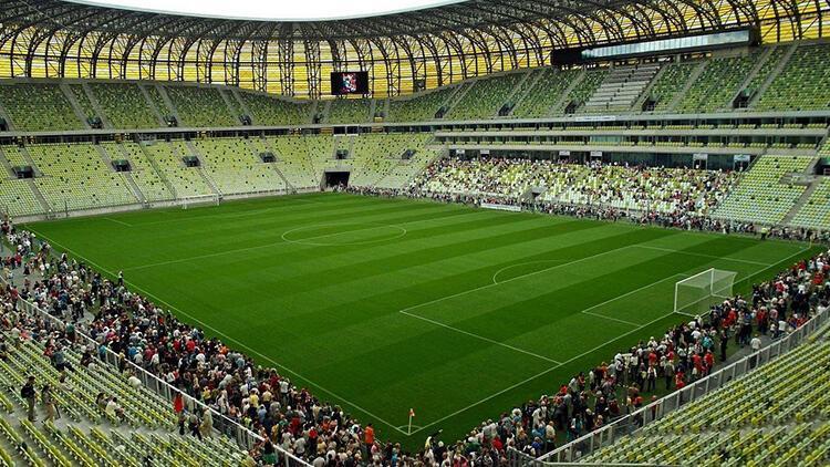 UEFA'dan Avrupa Ligi için karar! 9 bin 500 seyirci...