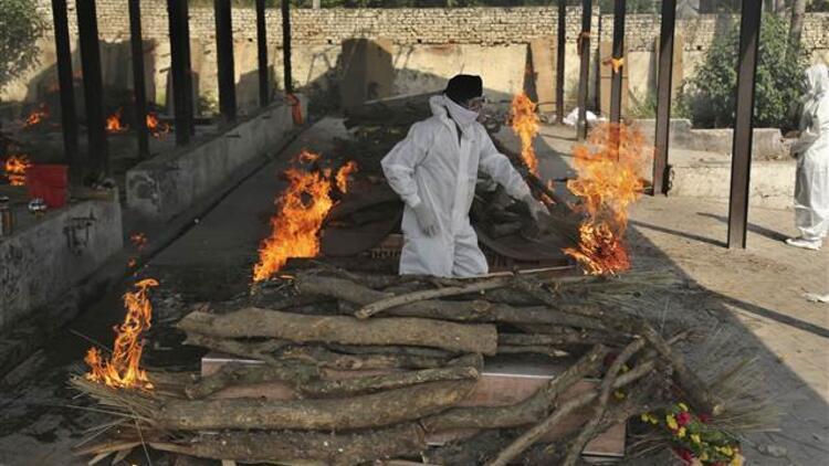 Hindistan'da koronavirüs krizinde son perde! Ordu göreve çağırıldı