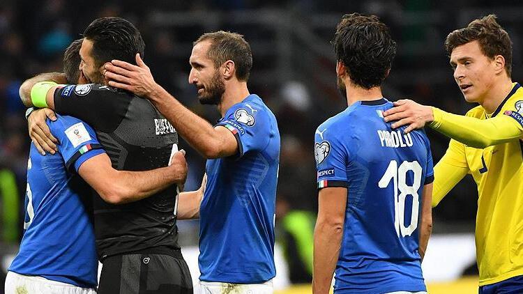 İtalya, Avrupa Futbol Şampiyonası öncesi milli takım oyuncularını aşılamaya başladı