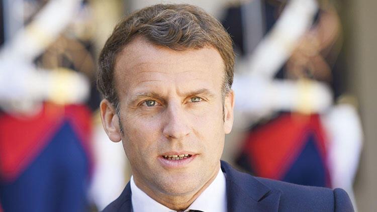Fransız generaller İslam dinine taktı