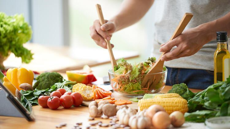 50 yaş üstü erkekler için beslenme önerileri