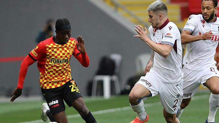 PFDK'dan Trabzonspor'a kötü haber! Berat Özdemir'e 2 maç ceza...