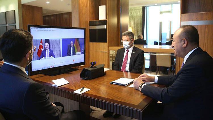 Bakan Çavuşoğlu, Almanya İçişleri Bakanı Seehofer ile görüştü