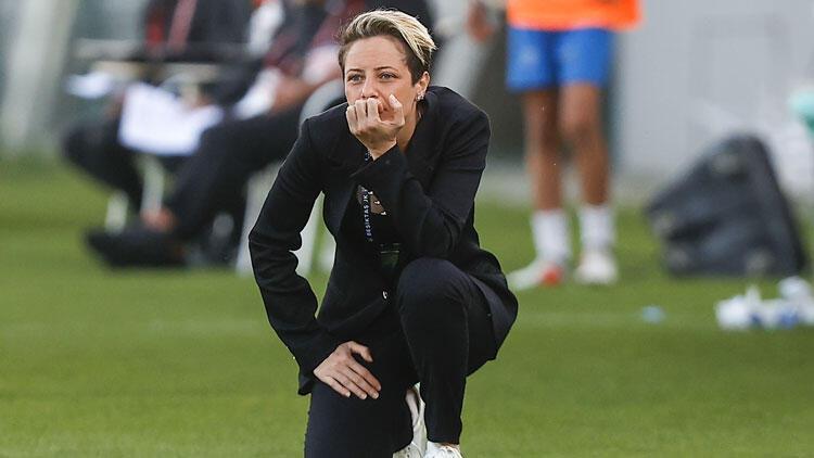 Şampiyon Beşiktaş'ın hocası Hatice Bahar Özgüvenç: Aynı başarıyı erkek takımından bekliyoruz