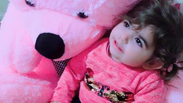 Pencereden kamyonetin kasasına düşen 3 yaşındaki Miray hayatını kaybetti