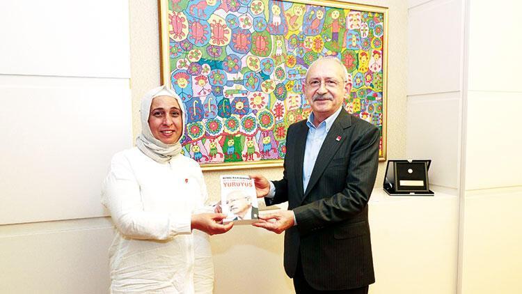 Kılıçdaroğlu 20 bininci kadın üyeyi konuk etti