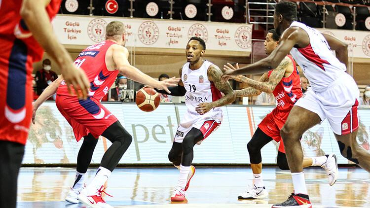 Empera Halı Gaziantep Basketbol 88-77 Bahçeşehir Koleji