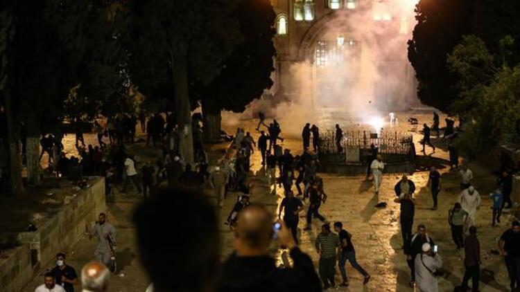 Bakanlar, parti liderleri ve Diyanet İşleri Başkanı Erbaş'tan Mescid-i Aksa baskınına sert tepki