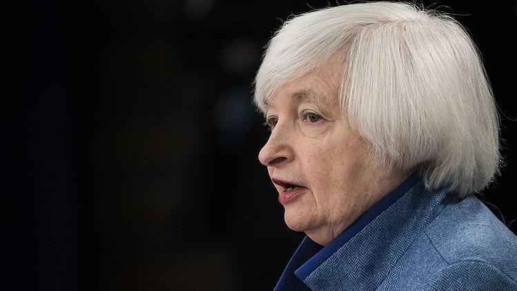 Yellen'e göre ekonomi toparlanıyor