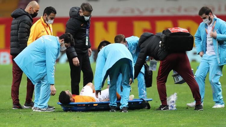 Son dakika: Galatasaray'da Mostafa Mohamed depremi! Sedyeyle çıktı