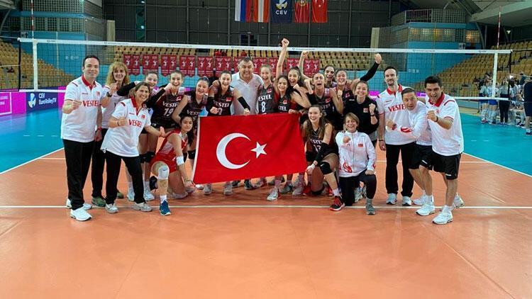 16 Yaş Altı Kız Milli Voleybol Takımı, Avrupa Şampiyonası'na katılma hakkı elde etti