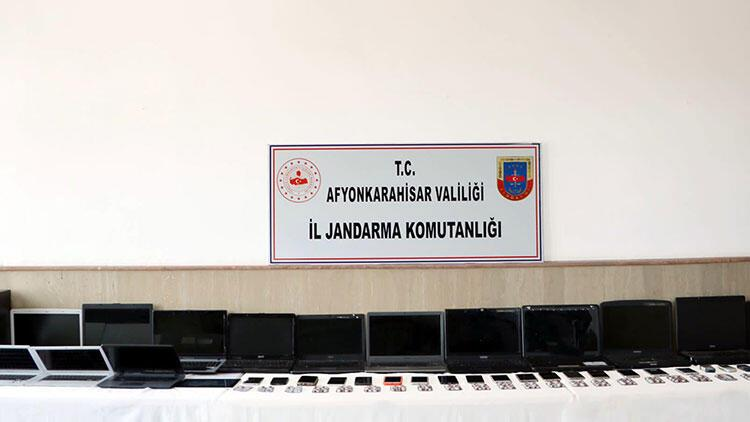 Afyonkarahisar'da sanal dolandırıcılık çetesi operasyonunda çok sayıda tutuklama