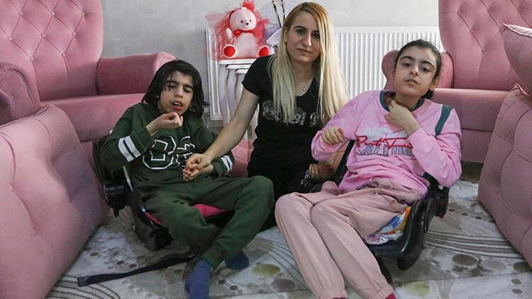 Ankara'da hayatını 2 engelli çocuğuna adadı