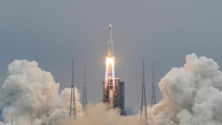 """NASA Çin'i roket konusunda """"standart sorumluluğunu yerine getirememekle"""" eleştirdi"""