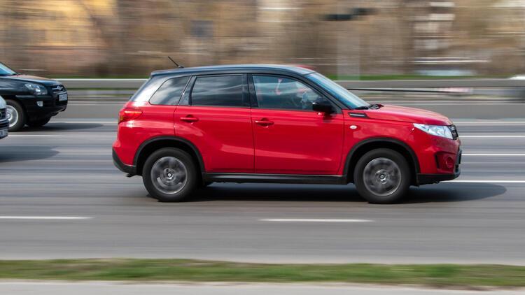 Suzuki üretimi yine erteledi