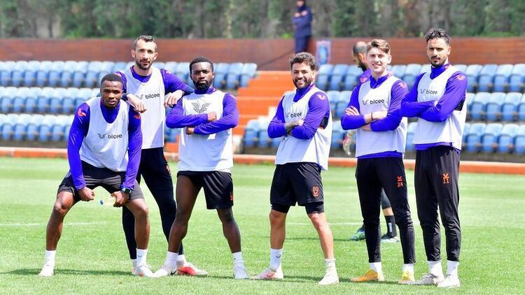 Başakşehir, Süper Lig'de yarın Kayserispor'u ağırlayacak