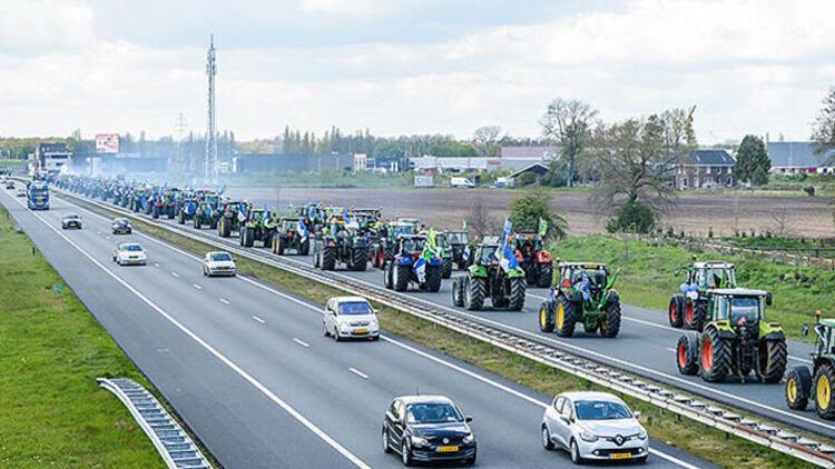 Yükselme maçına taraftarlar 150 traktörle gittiler