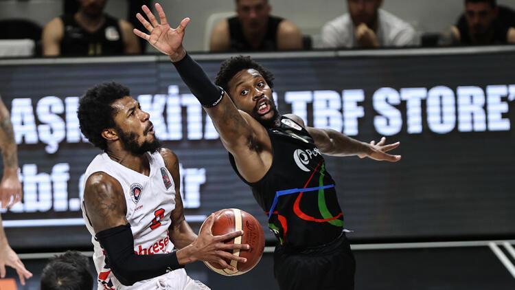 Bahçeşehir Koleji: 85 - Aliağa Petkimspor: 91