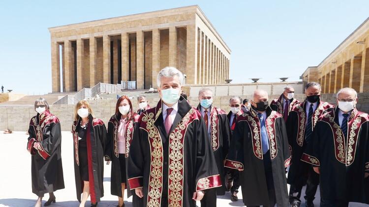 Danıştay'dan Anıtkabir'e 153. yıl ziyareti