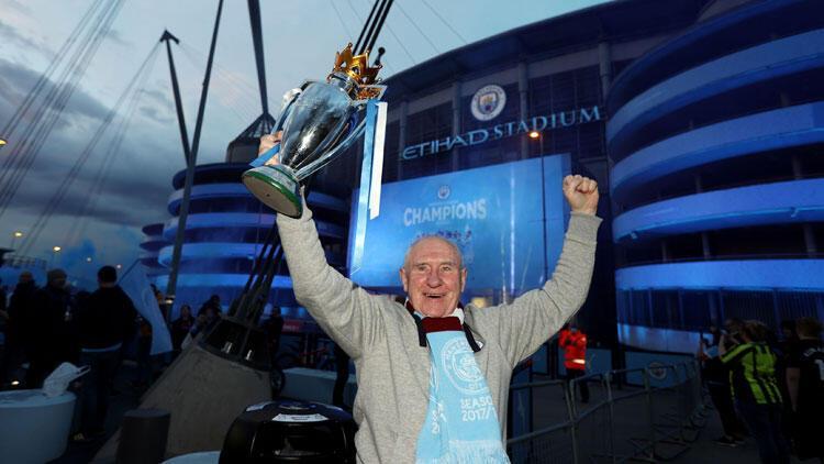 Son Dakika: Premier Lig'de şampiyon Manchester City! Çağlar Söyüncü, Manchester United'ı yıktı