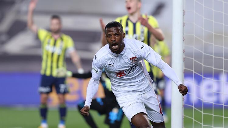 Sivasspor deplasman karnesiyle göz doldurdu! 20 maçta 35 puan...