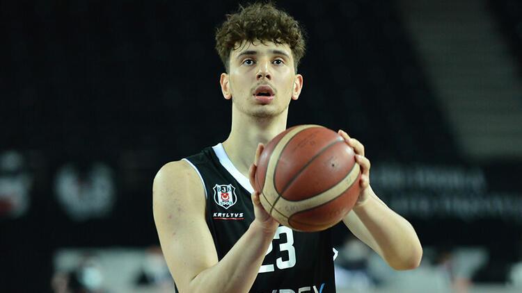 Beşiktaş'ın milli basketbolcusu Alperen Şengün, NBA draftına katılacağını açıkladı