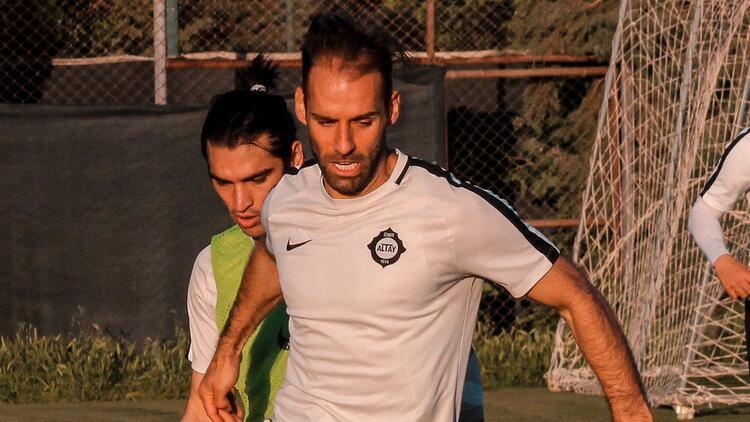 Altay'ın gol kralı Marco Paixao, Süper Lig'de forma giymek istiyor