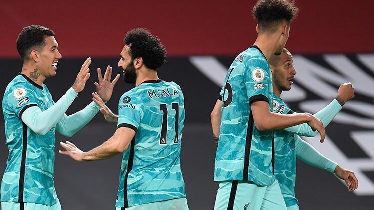 Manchester United 2 - 4 Liverpool (Maç özeti)